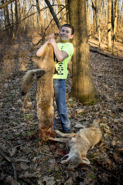 kids snaring coyotes